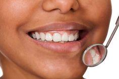 ***¿Cómo reconocer las enfermedades periodontales?*** La periodontitis es una infección de las encías y el hueso que sujeta el diente en su lugar....SIGUE LEYENDO EN..... http://comohacerpara.com/reconocer-las-enfermedades-periodontales_3150a.html