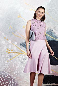 Näin ompelet kesähameen ja vetoketjun - video näyttää joka sauman | Kodin Kuvalehti Videos, Midi Skirt, Ballet Skirt, Sewing, Skirts, Fashion, Moda, Dressmaking, Couture