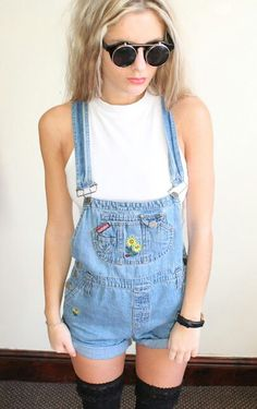 Considering trying out the 90's dungaree look this summer.....