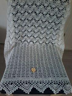 Bernioliesdesigns izumi gehaakt met lana grossa Lace Lux haaknaald 4 breed 5 cm lang 170cm