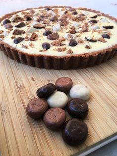 Speculaas Witte Chocolade Ganache Taart No Bake Desserts, Vegan Desserts, Just Desserts, Dessert Recipes, Tart Recipes, Sweet Recipes, Baking Recipes, Sweets Cake, Cupcake Cakes