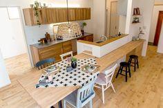 2016 こころモデルハウス Indian Bedroom Decor, Home Room Design, Home Interior Design, Updated Kitchen, Home Kitchens, Home Decor, Home Decor Accessories, Kitchen Interior, Kitchen Dining Room