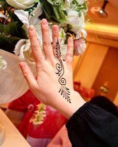#hennafun #hennat #henna #hennaarts #hennaa #hennadesign #hennanight #hennatattoo #hennamurah #hennamehndi