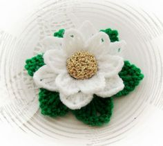 CROCHET BROOCH APPLIQUE DECORATION GLITTER WHITE CHRISTMAS* FLOWER POINSETTIA in Crafts, Crocheting & Knitting, Other Crocheting & Knitting   eBay