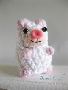 Beeble mouse Crochet mouse with beads for eyes and felt muzzle 2-5cm