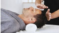 What Is Acupuncture From acupuncture to reiki, here's what to know about these increasingly popular alternative practices. - From acupuncture to reiki, here's what to know about these increasingly popular alternative practices. Chakras Reiki, Le Reiki, Les Chakras, Self Treatment, Was Ist Reiki, Reiki Training, Reiki Courses, Reiki Therapy, Health And Wellness