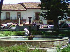 Uno de los lugares turísticos de Michoacán es Pátzcuaro, te esperamos en tu próxima visita en Hotel Mansión Iturbe, ven a disfrutar uno de los Pueblos Mágicos más bellos de México!