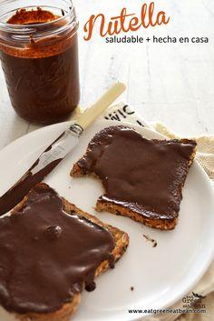 Nutella Saludable Hecha en Casa megadeliciosa y muuuuy adictiva!! La van a querer comer con todo, solo 3 ingredientes y muy fácil de hacer!!! #vegan #nutella #paleo #kids #raw