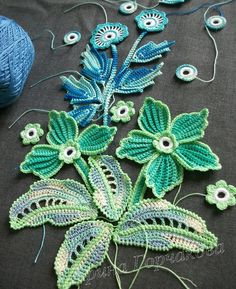 Magic - Irish lace and Friform Knitting Irina Gorchakov (Shchelkanova) Discussion on LiveInternet - Russian Service Online diary This post was discovered by Mo Irish crochet flower and leaf spray group to get pattern but I like the outside edge color of Irish Crochet Patterns, Crochet Motifs, Freeform Crochet, Crochet Art, Thread Crochet, Crochet Designs, Crochet Crafts, Crochet Ideas, Lace Knitting