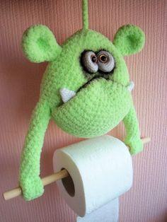 Монстрик - держатель туалетной бумаги! Связан по МК Ольги Борисенко! Живет здесь http://www.livemaster.ru/martovskiyzajat?view=profile
