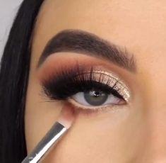 Smoke Eye Makeup, Eye Makeup Steps, Makeup Eye Looks, Beautiful Eye Makeup, Eye Makeup Art, Eyeshadow Makeup, Makeup Eyes, Coral Eye Makeup, Basic Eye Makeup