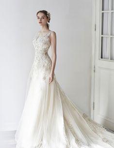 Luxe Jubilee Bride Korea trouwjurk Korea Trouwfotografie Lim & # s . Princess Ball Gowns, Princess Wedding Dresses, Bridal Wedding Dresses, Dream Wedding Dresses, Wedding Dress Trends, Elegant Wedding Dress, Dress Brokat, Fairytale Dress, Allure Bridal