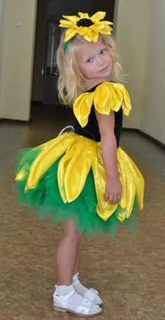 Fantasia de girassol para o Carnaval - - Fasching - Kostüm Costume Fleur, Bug Costume, Flower Costume, Dress Up Costumes, Cute Costumes, Carnival Costumes, Halloween Costumes For Kids, Dance Costumes, Robes Tutu
