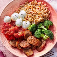 Ball-shaped bocconcini is delicious and fun to eat. But you can use a dollop of fresh ricotta or diced mozzarella instead. Keto Recipes, Dinner Recipes, Healthy Recipes, Dinner Ideas, Oven Recipes, Meal Ideas, Curry Bowl, Fajita Bowls, Curry Shrimp