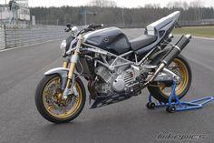 BikePics - 1997 Yamaha TRX 850
