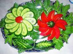 Resultado de imagen para decorar platos con ensaladas en pinterest