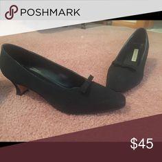 Black suede low heel with bow Black suede pump with low heel Apostrophe Shoes Heels