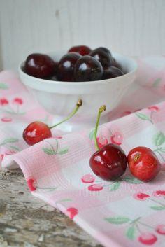 Cherry, Fruit, Food, Meal, The Fruit, Essen, Hoods, Meals, Eten