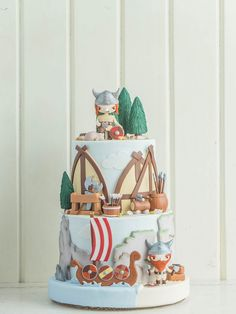 Lucia's Picnic | Cottontail Cake Studio | Sugar Art & Pastries