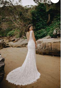 Hudson Valley NY, boho bridal boutique, lace wedding dress