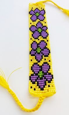 off loom beading techniques – armband knüpfen Beaded Flowers Patterns, Native Beading Patterns, Beaded Jewelry Patterns, Loom Bracelet Patterns, Bead Loom Bracelets, Bead Loom Patterns, Crochet Bedspread Pattern, Bead Loom Designs, Beading Techniques