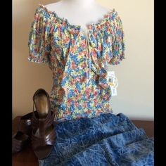 Flirty Peasant Top So cute & oh so flirty! Dress it up, dress it down.  You know you want it! Floral peasant top by Belle Du Jour in size S.  NWT Belle Du Jour Tops