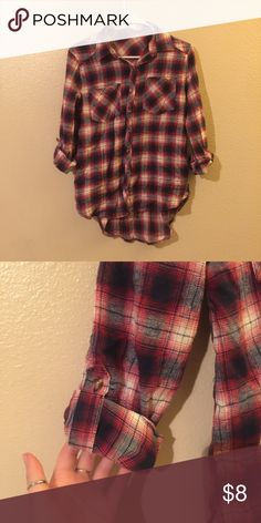 Plaid flannel Plaid flannel with roll up sleeves Tops Button Down Shirts
