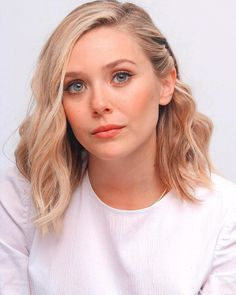 Click image to close this window Hollywood Actor, Hollywood Actresses, Elizabeth Olsen Scarlet Witch, Hottest Female Celebrities, Beautiful Celebrities, Mary Kate Ashley, Elisabeth, Female Actresses, Portraits