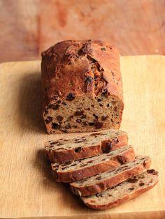 Buttermilk raisn cake - no sugar, no butter, lots of taste!