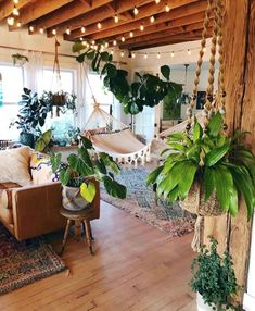 Home Interior Design – New stylish bohemian home decor # … – # Check more at pflanzen.frisurde… Informations About Home Interior Design – New stylish bohemian home decor # … – … Pin You can easily… Continue Reading → Bohemian House, Bohemian Bedrooms, Boho Home, Bohemian Style, Boho Chic, Bohemian Fashion, Trendy Bedroom, Bohemian Living, Modern Bohemian