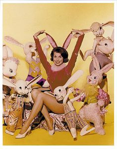 PETER COTTONTAIL~Mary Tyler Moore with bunnies