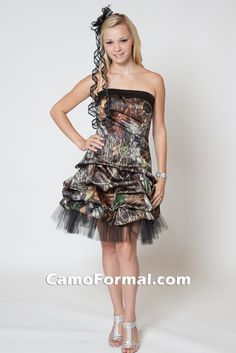 Short aline with pickups, bodice band, and tulle/net under layer in Mossy Oak and black. #camoprom  #prom2014