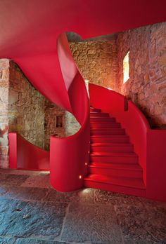 "Chateau Castine by Tina Klais and Mark Verstraeten In regards to the restoration and bold design choices, Tine admits she has no ""special education"", she ""listens to her gut"". Architecture Design, Staircase Architecture, Escalier Design, Houses In France, Take The Stairs, Stair Steps, Stairway To Heaven, Red Interiors, Staircase Design"