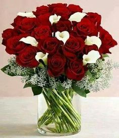 Find the best value on Valentine's Day flowers this season. From Valentine's roses to lily bouquets, send the best Valentine's Day flower delivery. Valentine Flower Arrangements, Rose Arrangements, Beautiful Flower Arrangements, Beautiful Rose Flowers, Beautiful Flowers, Happy Birthday Flower, Luxury Flowers, Decoration Table, Floral Centerpieces