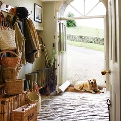 Designer Justin Van Breda's boot room in the Cotswolds English Country Style, Country Style Homes, English Country Cottages, English Farmhouse, English Cottage Interiors, Country Interiors, Country French, English Countryside, Country House Interior
