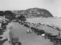 size: Photographic Print: Seaside Resort of Minehead, Somerset, Early : Artists Sailing Regatta, Somerset England, Seaside Resort, Historical Images, Beach Landscape, Great Britain, Paris Skyline, Places To Go, Dolores Park