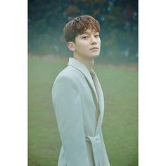 Chen (EXO) révèle de nouvelles photos teasers pour ses débuts solos – K-GEN Exo Chen, Baekhyun Chanyeol, Exo Ot12, Chanbaek, Kaisoo, Mini Albums, Solo Album, Luhan And Kris, Exo Official