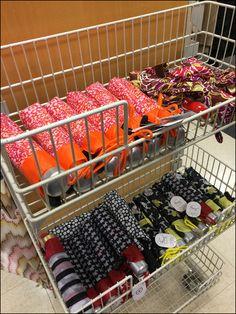 Rain Umbrella Endcap Baskets – Fixtures Close Up Rain Umbrella, Retail Merchandising, Wire Baskets, Display Design, Retail, Retail Boutique