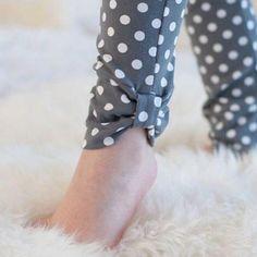 Georgeous Sew an Easy Fabric Purse for Kids Ideas. Exhilarating Sew an Easy Fabric Purse for Kids Ideas. Pakistani Fashion Casual, Pakistani Dresses Casual, Pakistani Dress Design, Sleeves Designs For Dresses, Dress Neck Designs, Sleeve Designs, Kurti Designs Party Wear, Salwar Designs, Frock Fashion