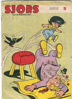 Een Sjors weekblad uit 1966 met een covertekening van Carol Voges. Ik heb het genoegen gehad om Voges te mogen ontmoeten en kreeg zowaar een compliment (hij vond mijn De Gebroeders boekje best leuk). Hij gaf me ook een aantal tips.  Voges vulde in de jaren zestig meer dan een kwart 't Sjors weekblad (samen met onbekende Joegoslaven en Spanjaarden).