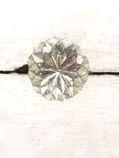 *Listing price is for one (1) silver glass knob Add a personal touch to doors, cabinet doors, dresser doors and more with this Antique Golden