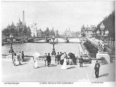 Vue depuis de la Seine depuis le pont Alexandre III en 1900 pendant l'exposition