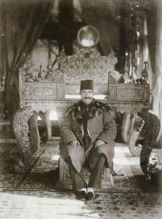 """Naser al-Din Shah at Golestan Palace - smile, this reminds me of an old woman: """"Fatemeh Khanoum, how old are you?"""" - """"I don't know. But my mother told me, I was born, when Nasr el-Din Shah married."""" I think, she was very very old!"""