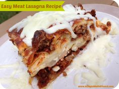 This 6 ingredient Easy Meat Lasagna Recipe is a family favorite! Spice it up or make it as is, it is good either way! You are in the right place about Lasagna No Meat Recipe, Meat Lasagna, Pork Ribs Grilled, Barbecue Pork Ribs, Meat Recipes, Cooking Recipes, Easy Cooking, Cooking Ideas, Yummy Recipes