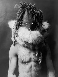 Navajo Indian with mask and body painting.  Photograph (Edward S.Curtis), c. 1904/05.