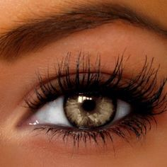 Light brown color contacts (look #1)