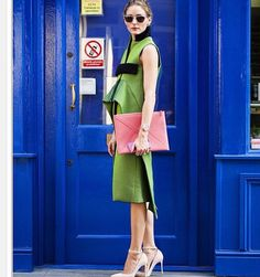 Olivia Palermo carries the Envelope embossed pouch for Spring Summer 15 #SmythsonSS15 http://www.smythson.com