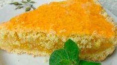 Prăjitura cu lămâie este un desert clasic european, dar care deja a cucerit întreaga lume, atât prin gustul său original și revigorant, cât și prin simplitatea modului de preparare. Cu minim de efort vei pregăti un desert deosebit de delicios cu care să-i răsfeți pe cei dragi. Încearcă această rețetă și cu alte fructe cum …