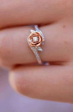 Check this pearl engagement ring set. The band features a flower motif with a variety of side accent diamonds. This is a rose & white gold ring set that will age magnificently and make your ha Pear Diamond Engagement Ring, Beautiful Engagement Rings, Antique Engagement Rings, Halo Engagement, Unique Diamond Rings, Delicate Rings, Unique Rings, Gold Ring Designs, Wedding Ring Designs
