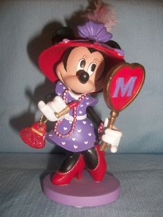 Minnie, Red Hat Collection--Minnie U are so cute in your red hat.  I hope Mickey will be taking U out.